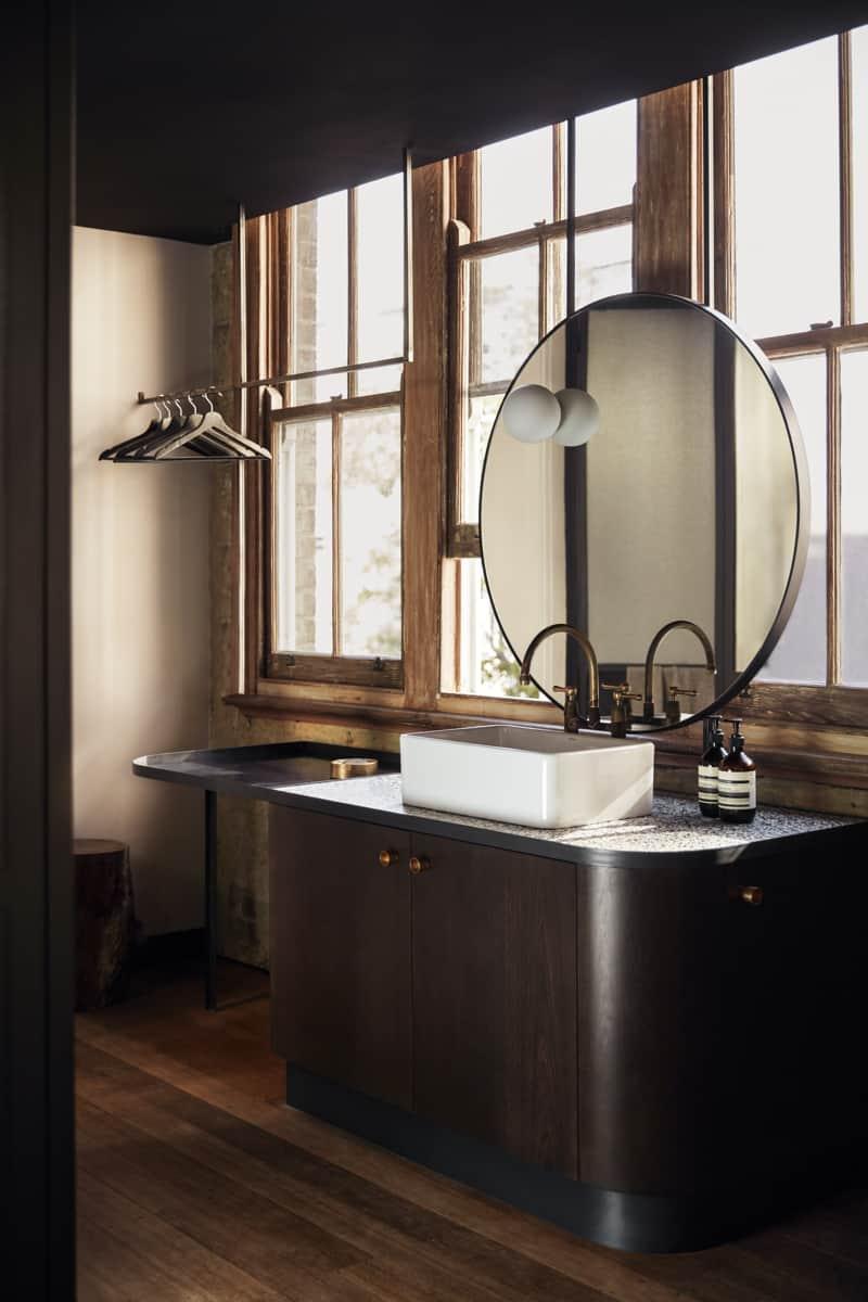 paramount-house-vanity-mirror